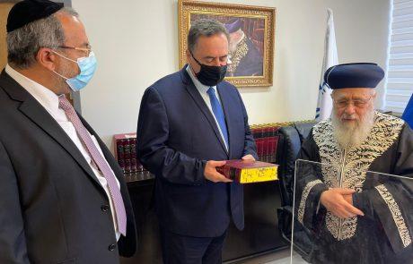 הרב הראשי לישראל הראשון לציון ושר האוצר סיכמו: תקציב השמיטה ישוחרר לאלתר.